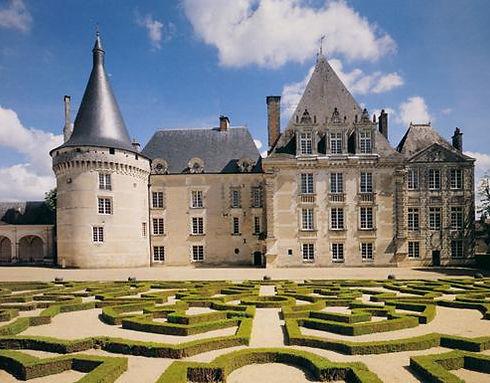 Château_d'Azay-Le-Ferron.jpg