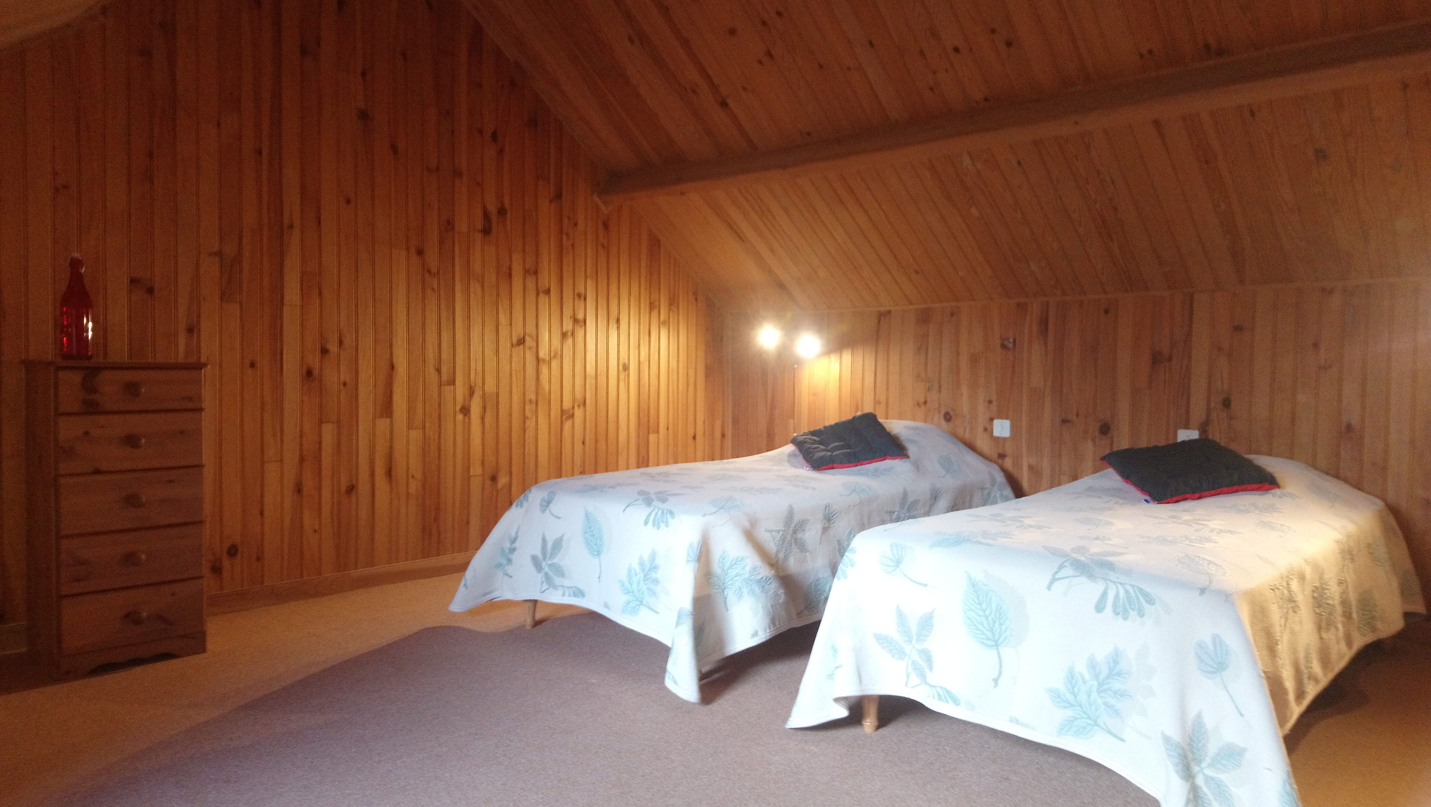 chambre_n°2_avec_2_lits_simples_confort.