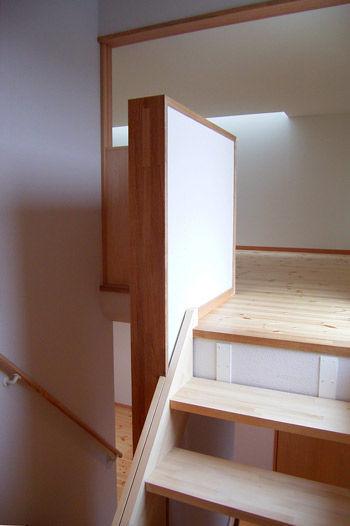 19_004階ロフト1+階段室.jpg