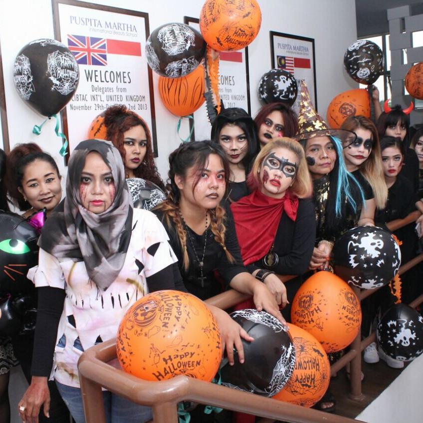 Halloween Parade by Puspita Martha I