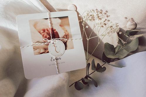 Petite Lettre - Faire-Part de Naissance avec photo, ficelle de coton et macaron