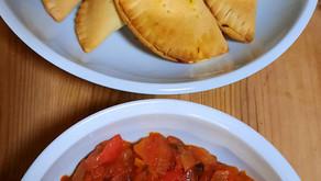 Escapade au Sénégal avec des pastels au thon et une sauce épicée aux oignons