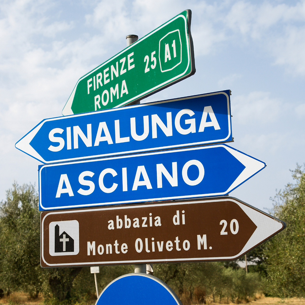 Traffic signs in Italy