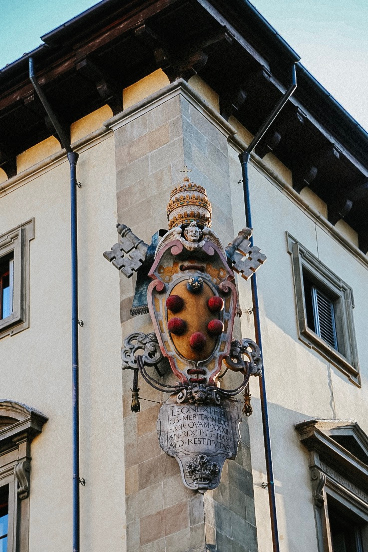 Medici coat of arms