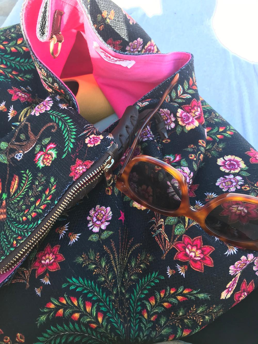 Bag: Pin-Up Stars Yellow Slide: Clark's UK Sunglasses: Celine