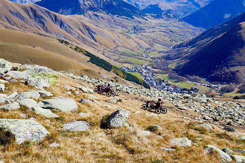 SWINCARS en Mountain.JPG