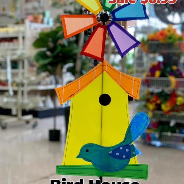 Birdhouse Wind Spinner.JPG