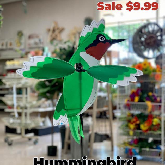 Hummingbird Wind Spinner.JPG