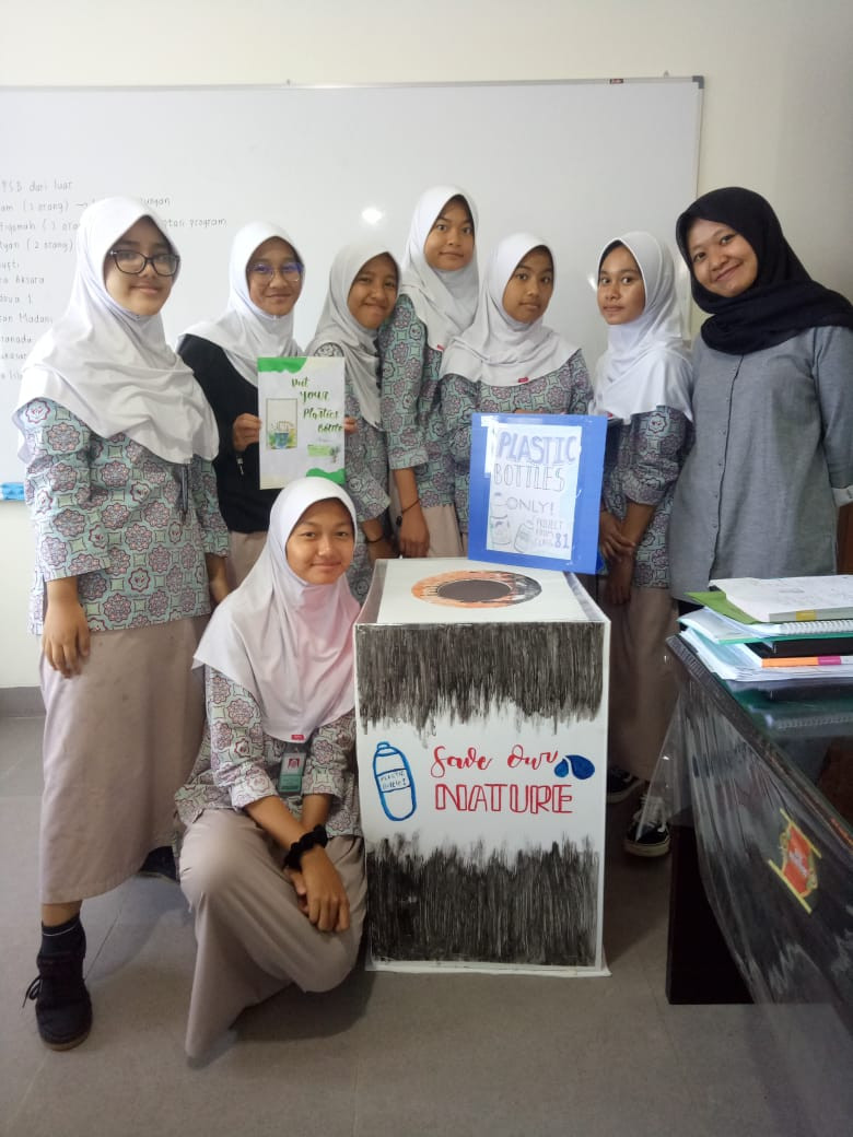 """DropBoxPlastic"" From bottle plastic to designed product..     Grade-8 #DesignClassroom   MYP Candidate-Islamic Village School"
