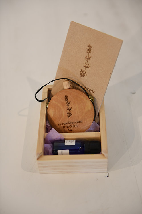 SCENT FLASK BOX &  LAVENDER ESSENTIAL OIL 10ml