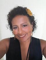 Aline Martins, designer editorial
