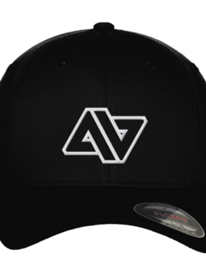 WHITE LOGO FITTED BASEBALL CAP