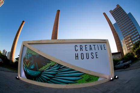Facebook-Creative_House