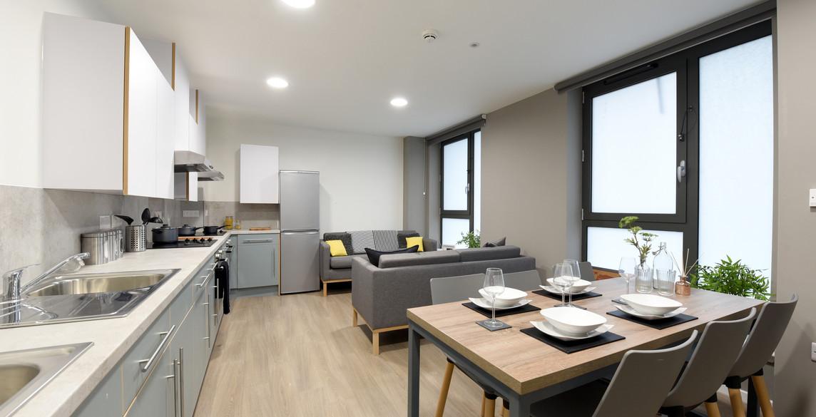 Glasgow-St Mungos - communal kitchen2-5.
