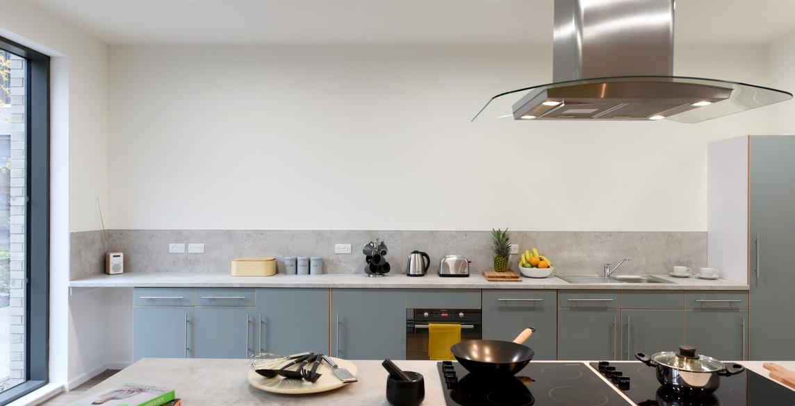 Glasgow-St Mungos - communal kitchen-3.j