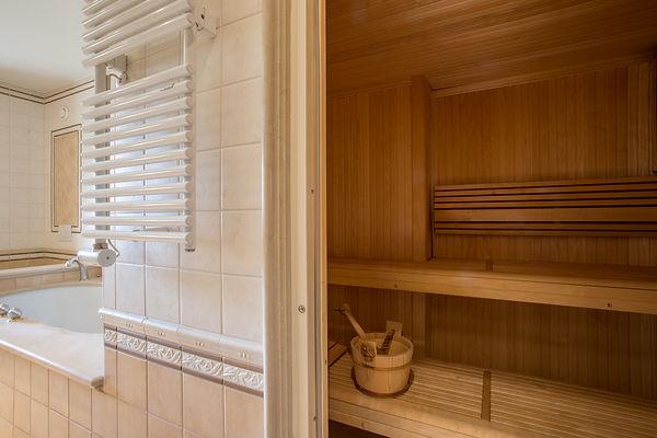 13 sdb sauna.jpg