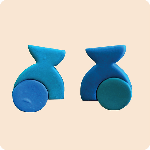 Caroline - abstract teal studs