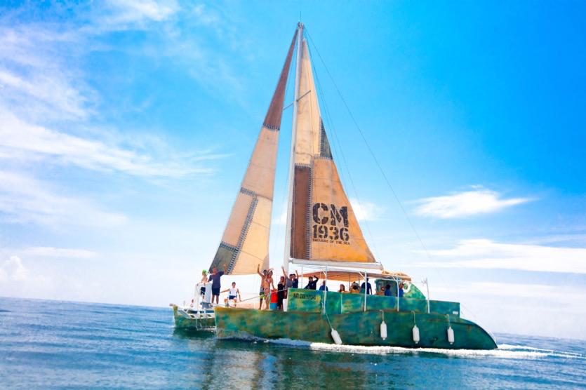 Catamaran 2.png
