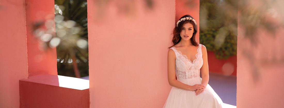Shadevenne e White One Bridal