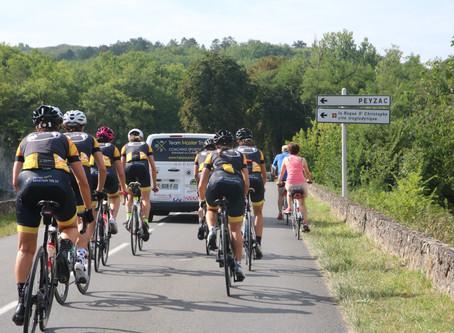 """""""Les Girl's Team Master Tri 24"""" aux 24H du Mans Vélo"""