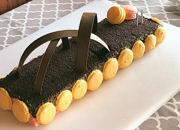 Wild berries and Macaron cake