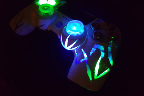 PS4 controller custom by TechFire 420 LED