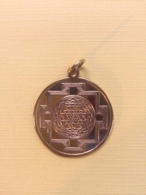 Shree Yantra de cobre bañado en oro
