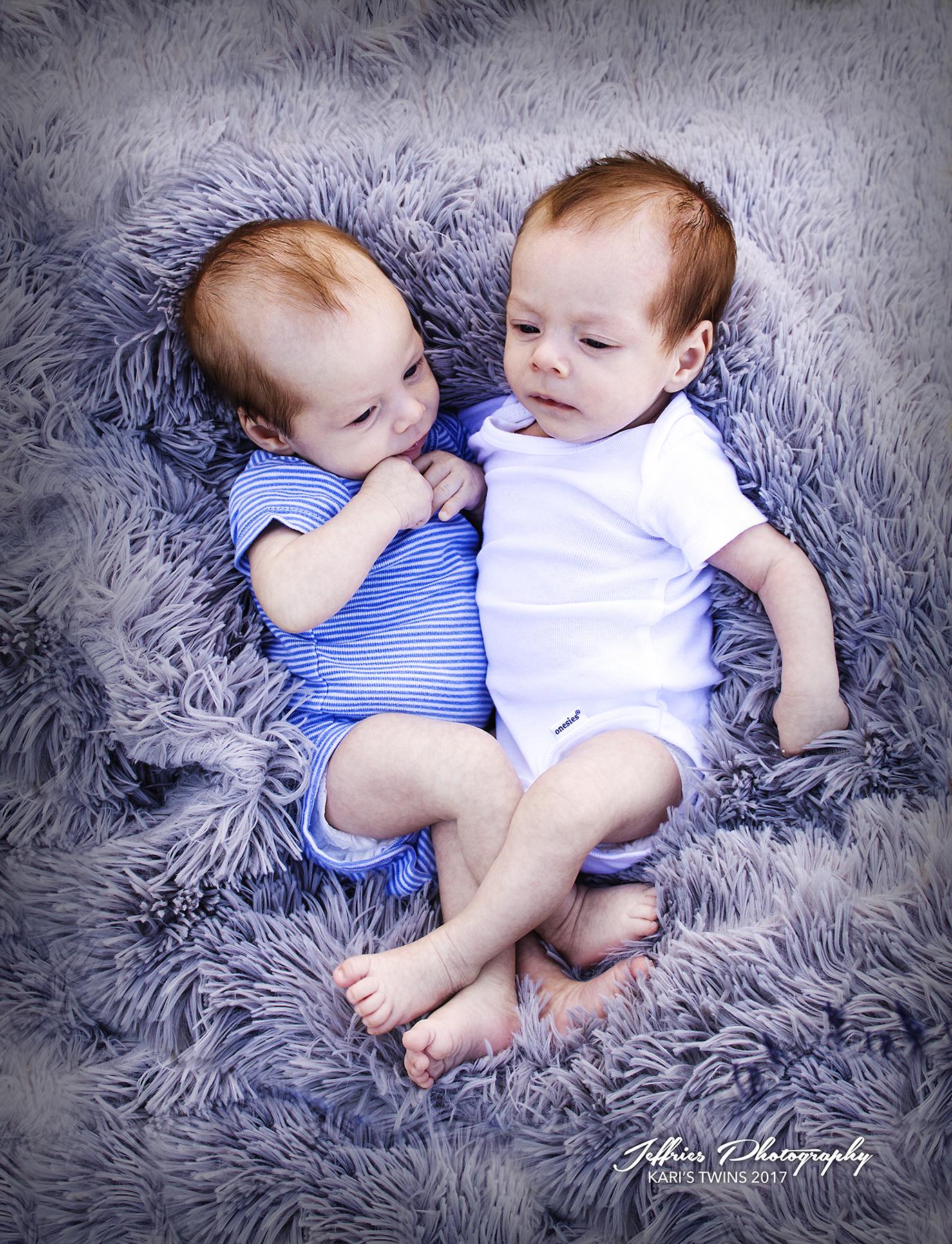 Twins1SM