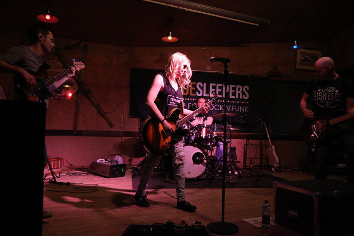 Sidesleepers live @ Outback Roadhouse