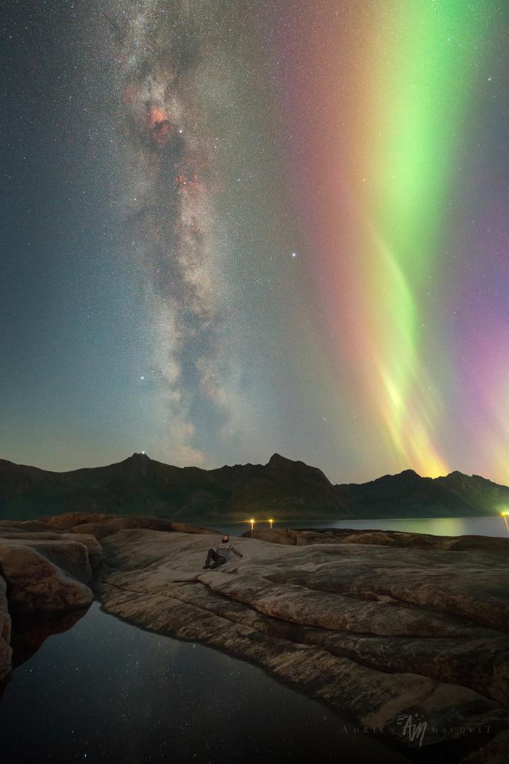 Summer night aurora and milky way