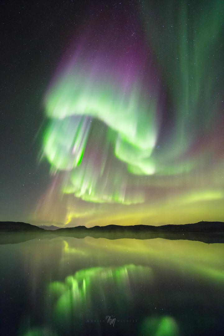 aurora reflcection I