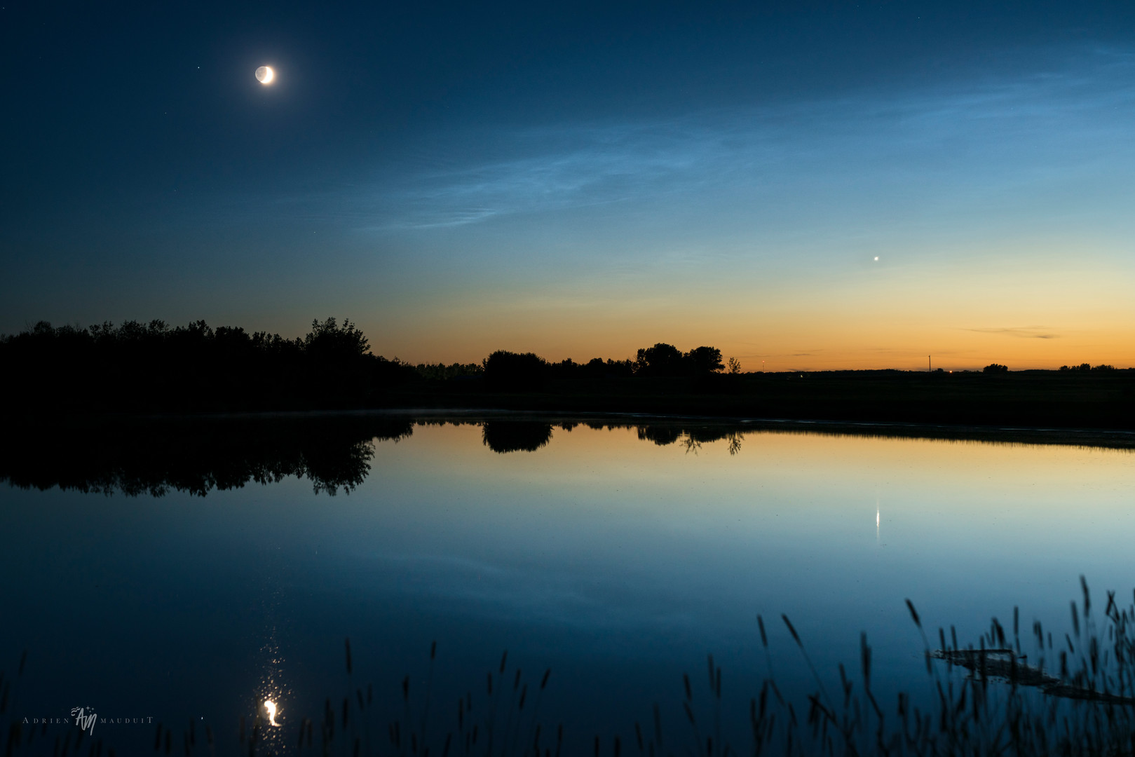 Moon, Venus and NLC in Canada