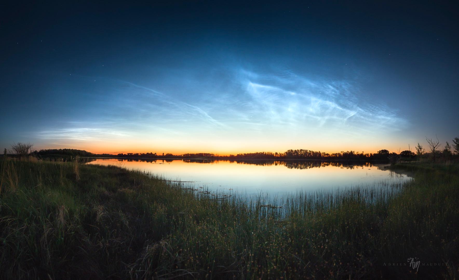 Canadian noctilucent clouds
