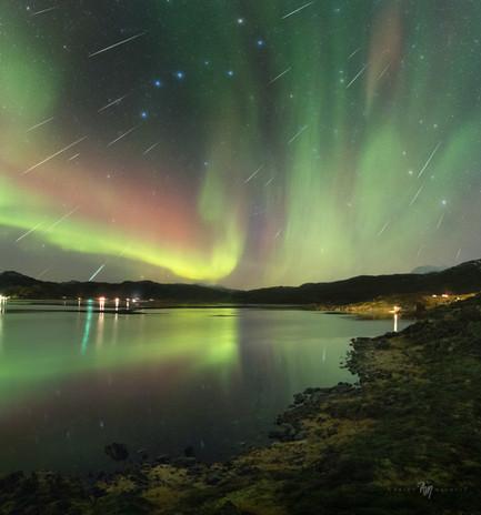 Geminid meteor shower over Skarsfjord