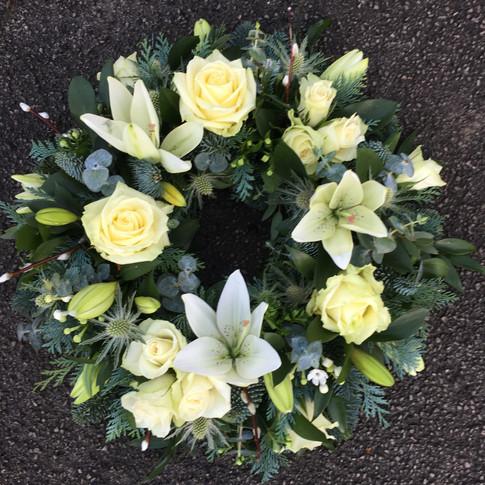 Medium funeral wreath