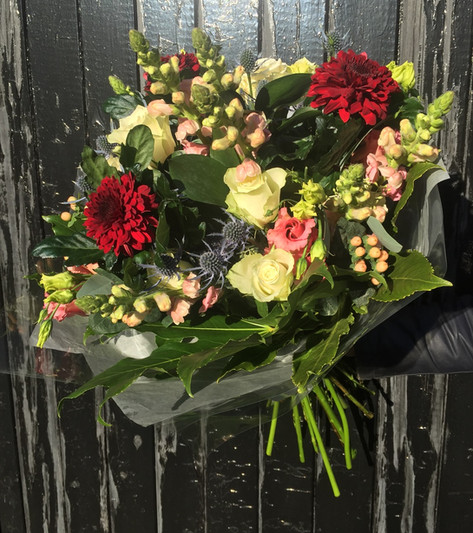 Luxury bouquet delivery to North Lincolnshire
