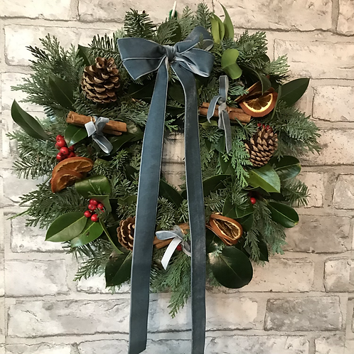 Natural Christmas Wreath (340mm dia.)