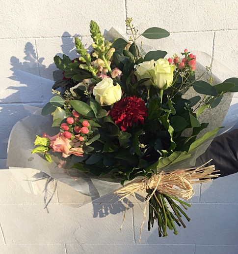 Small hand tied bouquet delivery