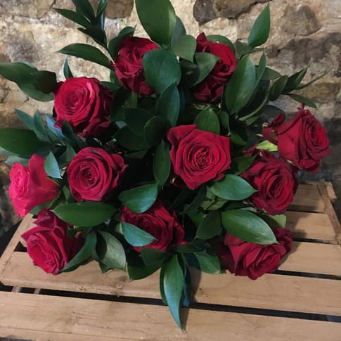 Valentines rose gift bouquet