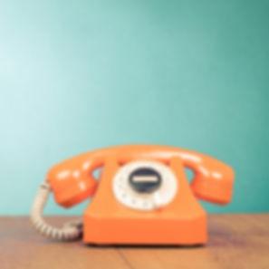 Telefon%202000x1333_edited.jpg
