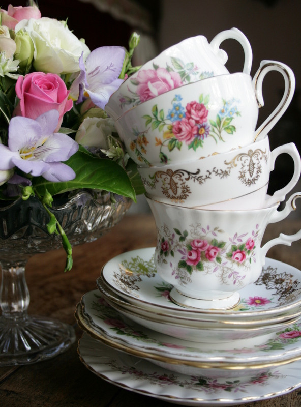 A Touch of Vintage. Vintage crockery hire in Kent, Sussex and London