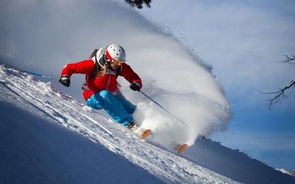 Skiing 2018.jpg