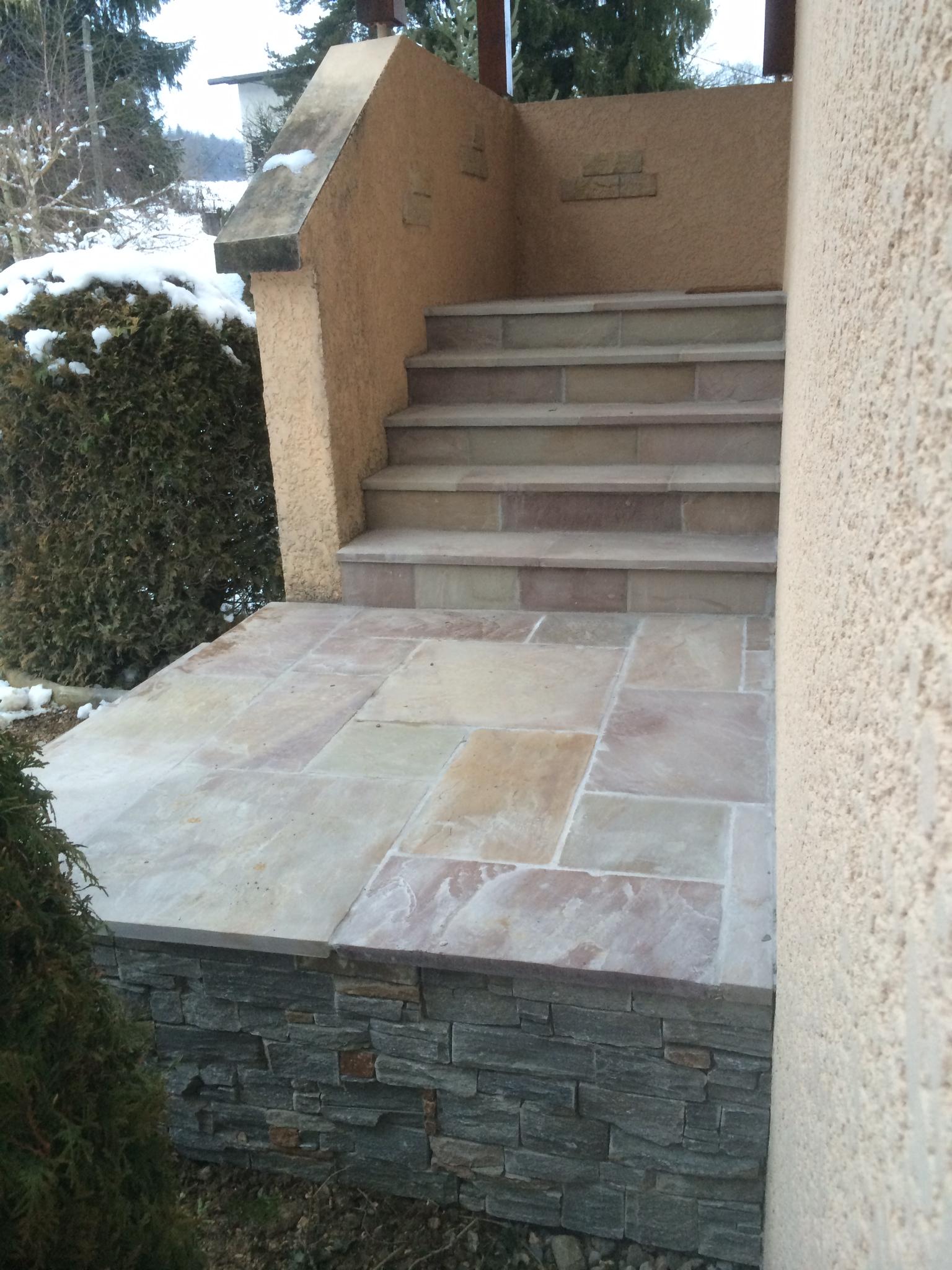 escalier en pierre sillingy