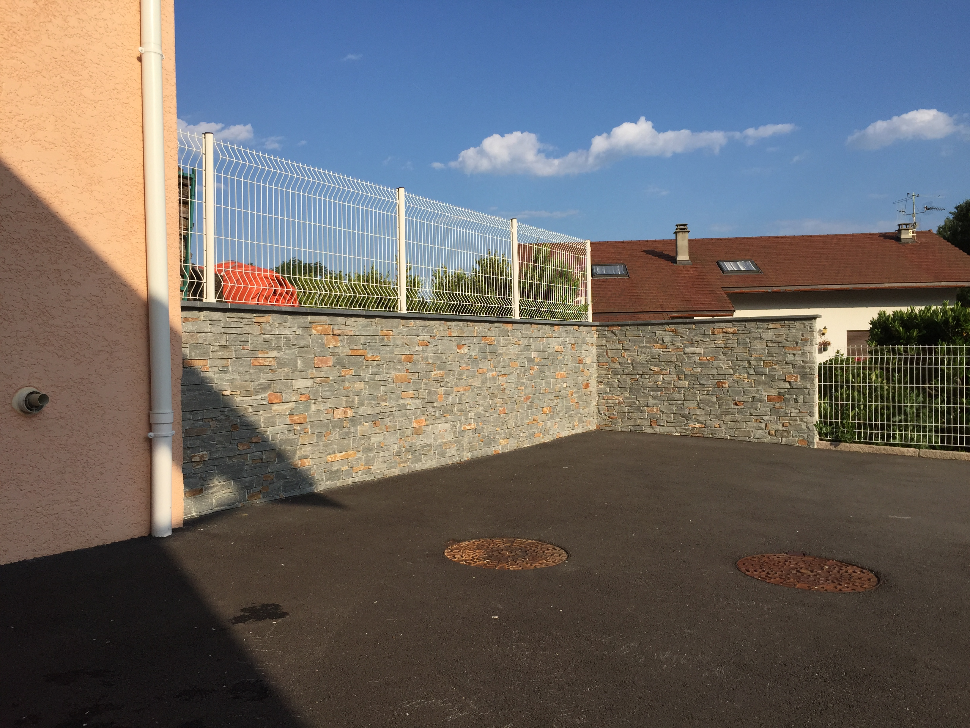 mur en pierre haute savoie