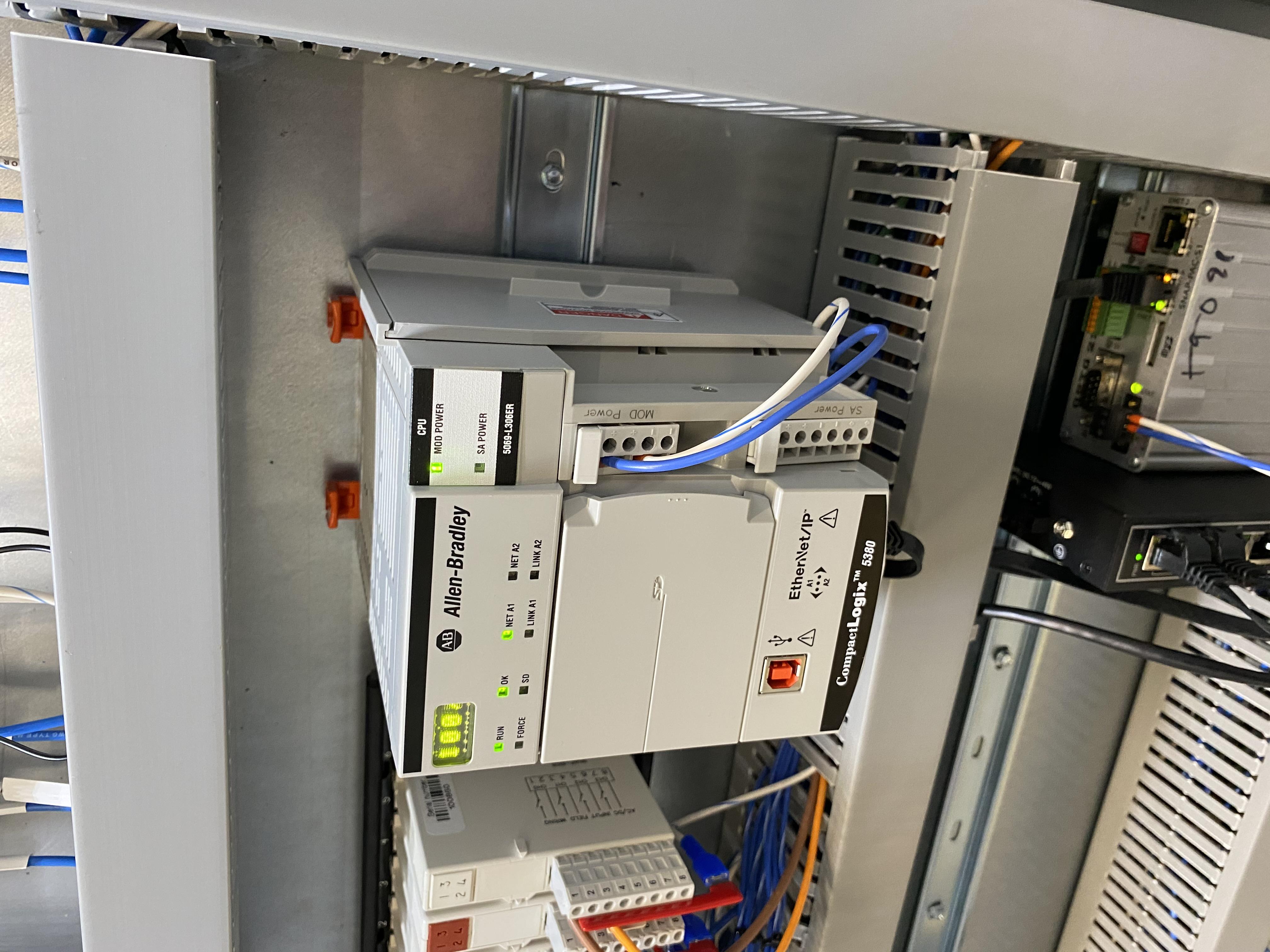 Allen Bradley PLC Compactlogix