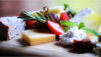 How to Build the Perfect Cheese Platter