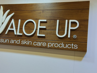 A chance to 'Aloe Up' at Surf Expo