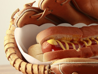 High tech and more variety of hot dogs at MLB parks for 2019