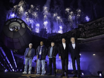Star Wars Galaxy Edge open at Disneyland