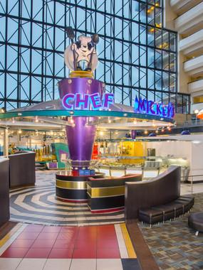 Disney Contemporary Resort - Cafe Mickey